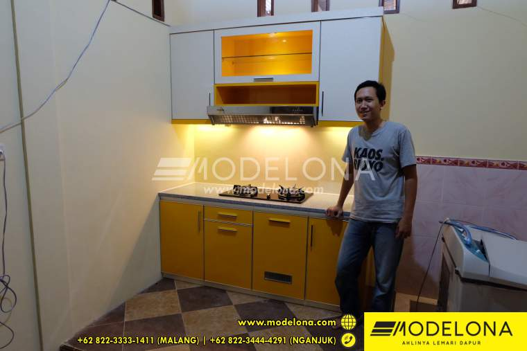 Kitchen set surabaya sidoarjo modelona kitchen set murah for Kitchen set yang bisa dipindah