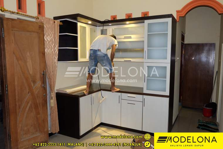 Jasa kitchen set kediri modelona kitchen set murah terbaik for Laci kitchen set
